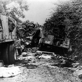 Kolumna niemiecka zniszczona przez polskie czołgi.