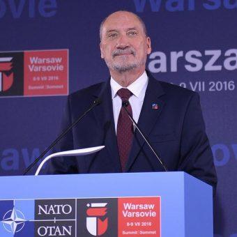 Macierewicz sprawował funkcję ministra obrony narodowej od listopada 2015 roku do lipca 2017 roku.