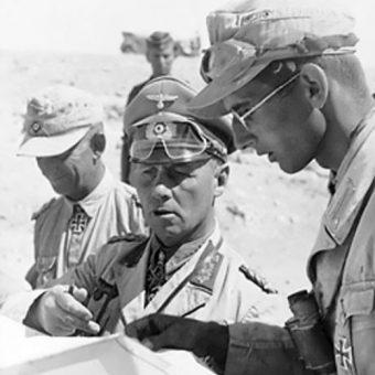 Erwin Rommel w 1942 roku.