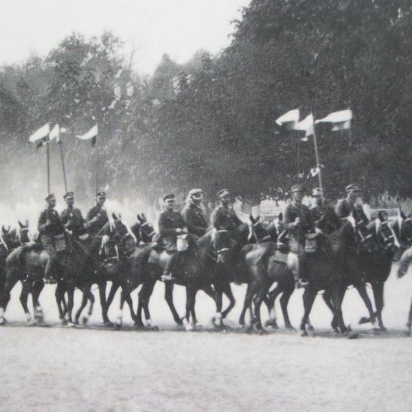 1 pułk szwoleżerów wyrusza na front.