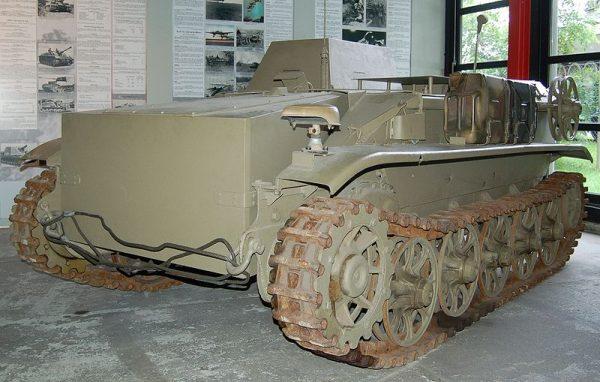 """""""Czołg"""" był w gruncie rzeczy sterowanym zdalnie nosicielem ładunków wybuchowych."""