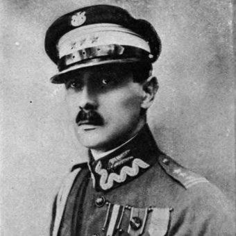 Adam Nieniewski na zdjęciu z lat 30.