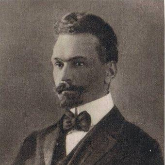 Jednym z konspiratorów i członków Organizacji Bojowej PPS był Aleksander Lutze - Birk.
