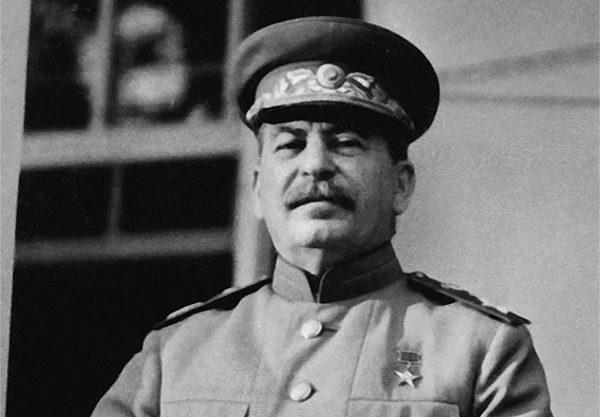 """""""Bije od niego ogromna siła wewnętrzna"""" - zapisała Ludmiła po spotkaniu ze Stalinem. Tylko czy to naprawdę jej słowa?"""