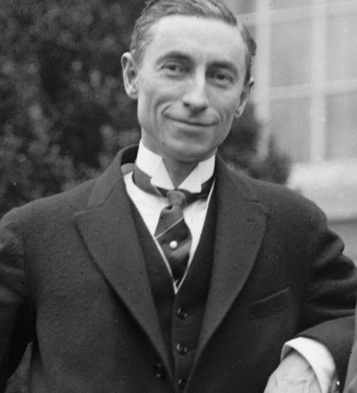 W sierpniu 1921 roku Gibson widział w czarnych barwach przyszłość Polski.