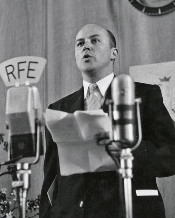 Jan Nowak-Jeziorański w Radiu Wolna Europa (fot. domena publiczna)