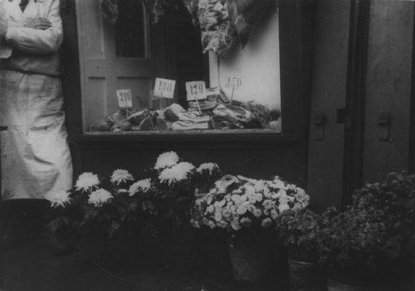 Na zdjętych terenach niemieccy żołnierze wykupowali mięso i tłuszcze z polskich sklepów.