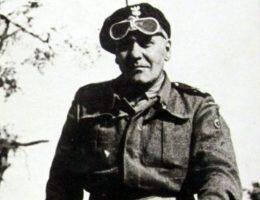 W obronie Jarosławia udział brała 10 Brygada Kawalerii dowodzona przez generała Stanisława Maczka.