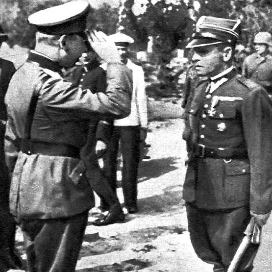 Niemiecki generał Eberhard i major Henryk Sucharski tuż przed kapitulacją polskich obrońców na Westerplatte., 7 września 1939 rok.