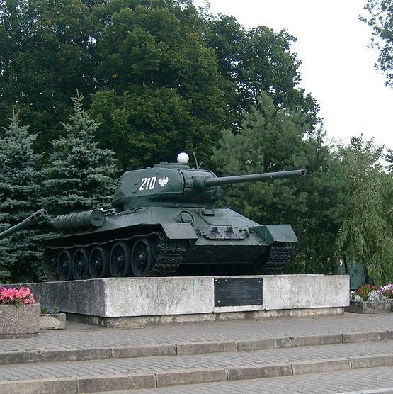 W trakcie walk o wał pomorski w 1945 roku na wyposażeniu Ludowego Wojska Polskiego były czołgi T-34/85.