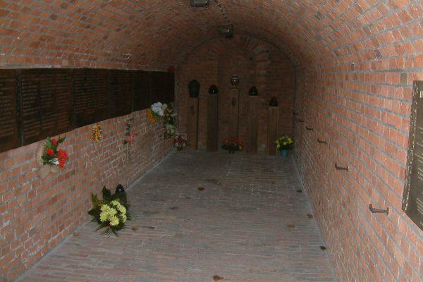 Schron numer 17 na trenie Fortu VII w Poznaniu. To właśnie tam w czasie okupacji Niemcy zamordowali pacjentów ze szpitala w Owińskach.
