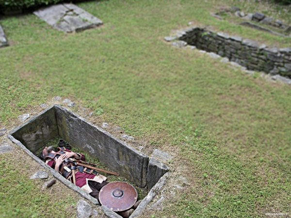 Longobardzki cmentarz we Woszech (fot. Cristiano Brandolini, lic. CC BY SA 3.0)
