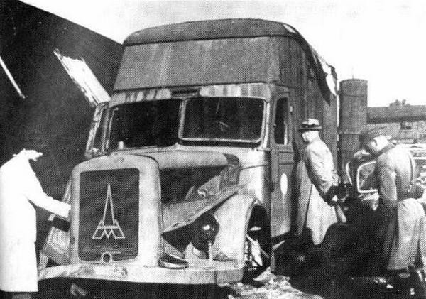 Niemiecka mobilna komora gazowa na zdjęciu wykonanym po zakończeniu wojny.