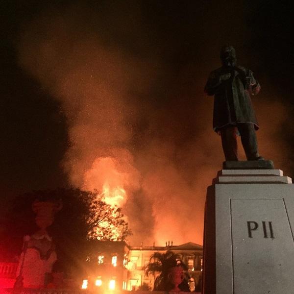 Pożar muzeum w Rio de Janeiro (fot. Felipe Milanez, lic. CCA SA 4.0 I)
