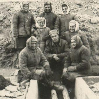 Zesłani do łagrów więźniowie żyli i pracowali w nieludzkich warunkach. Zdjęcie poglądowe.