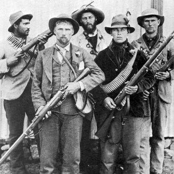 Burowie walczyli o utrzymanie niepodległości republik Transwalu i Oranii.