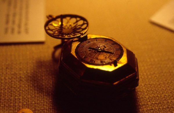 Szwajcaria dopiero w XIX wieku zaczęła przodować w produkcji zegarków wysokiej jakości.