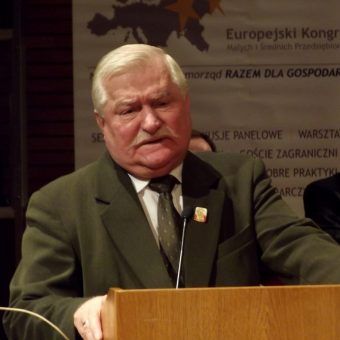 Lech Wałęsa dążył do tego, by nowa ustawa zasadnicza wzmocniła pozycję prezydenta.
