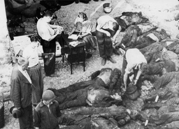 Ofiary NKWD w Tartu w Estonii w 1941 roku (fot. domena publiczna)
