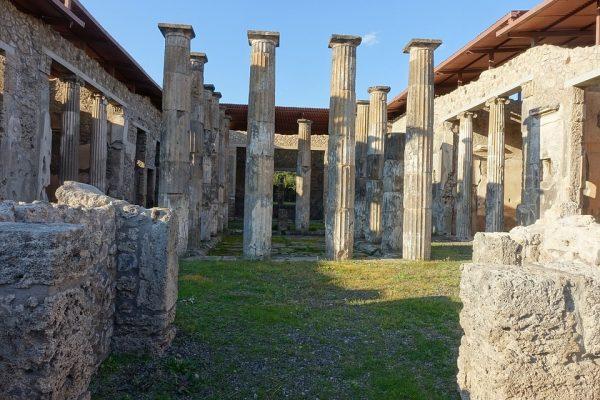 Ruiny Pompejów (fot. beckymccray, lic. CC0)
