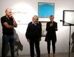 Na otwarciu wystawy pojawił się bohater wydarzenia, profesor Roman Nowotarski, przedstawiony przez kuratorów wystawy, Jolantę Jastrząb i Jakuba Adamka.