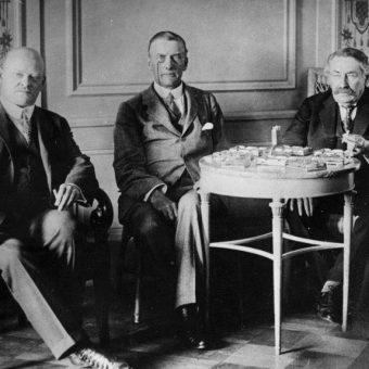 Głównymi graczami w Locarno byli Gustav Stresemann, Aristide Briand i Austen Chamberlain.