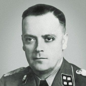 Jednym z oskarżonych w procesie był były komendant obozu, Arthur Liebehenschel.