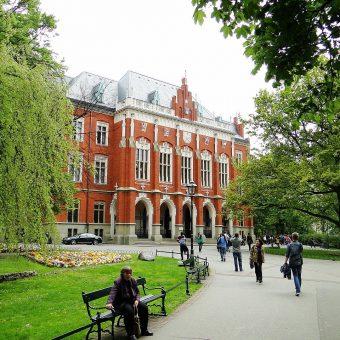 Krakowscy uczeni zostali aresztowani podczas spotkania zwołanego w Collegium Novum.