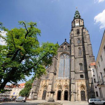 Pochodząca z XIV wieku katedra w Świdnicy (fot. Neo[EZN], fotopolska.eu, lic. CC BY-SA 3.0)