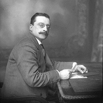 Irlandzkiej delegacji przewodził Arthur Griffith.