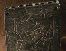 Kamień z tajemniczą inskrypcją (fot. Photo by Roberto Ceccacci, Chicago-Tübingen Expedition to Zincirli)