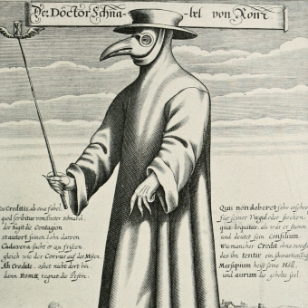 W Europie symbolem dżumy stali się lekarze w charakterystycznych strojach.