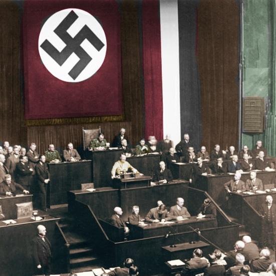 Adolf Hitler stanął na czele niemieckiego rządu 30 stycznia 1933 roku.