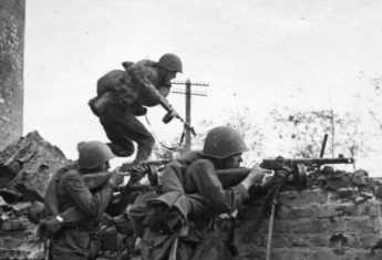 Obrona Stalingradu stała się jednym z symboli II wojny światowej.
