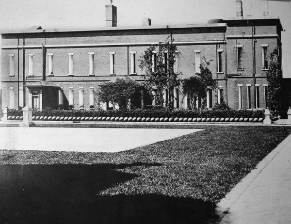 W amerykańskich archiwach zachowały się zdjęcia dawnej cytadeli.