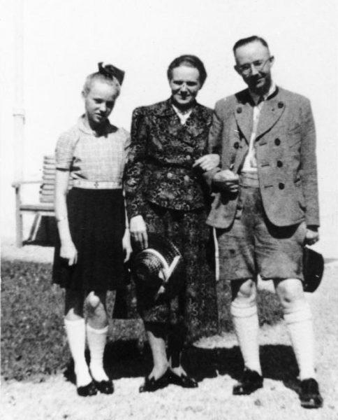 Himmler z żoną i córką.