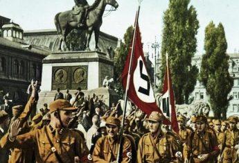 Horst Wessel na czele swojej bojówki w 1929 roku.