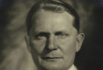 Göring uwielbiał pastelowe mundury.