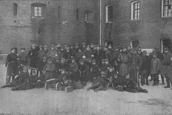 Polacy zdobyli Cytadelę dużo później - atak z 9 listopada nie powiódł się.