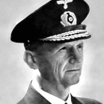 Karl Dönitz nie uważał się za zbrodniarza.