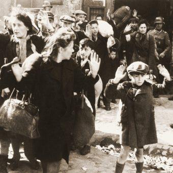 Okupanci od początku rządzili za pomocą terroru.