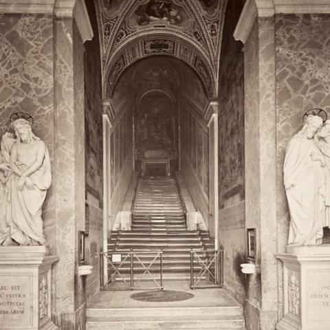 Święte Schody są jedną z ważnych relikwii katolickich.