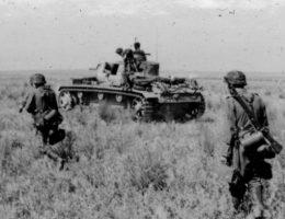 """Josef Mengele na froncie wschodnim służył w szeregach Dywizji Pancernej """"Wiking""""."""