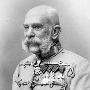 Cesarz Franciszek Józef I w mundurze.