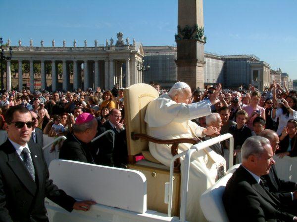 Jeszcze we wrześniu 2004 roku Jan Paweł II spotykał się z wiernymi.