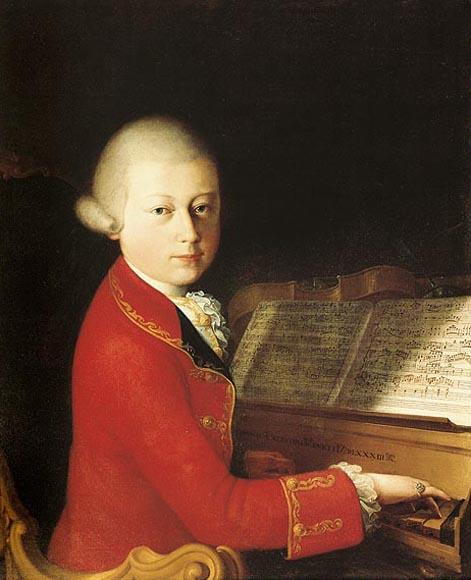 Mozart od najmłodszych lat musiał lawirować w świecie dworskich gierek i intryg. Koncertować zaczął już jako kilkulatek.