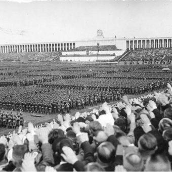 Reichsparteitag 1937 roku (fot. Bundesarchiv, Bild 183-C12701, lic. CC-BY-SA 3.0)