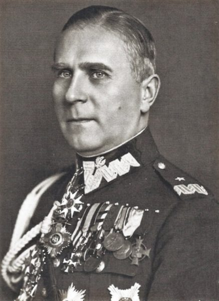 """Dowódca Armii """"Poznań"""" generał Tadeusz Kutrzeba był zwolennikiem teorii """"walnej bitwy"""", do której starał się bezskutecznie przekonać Śmigłego."""