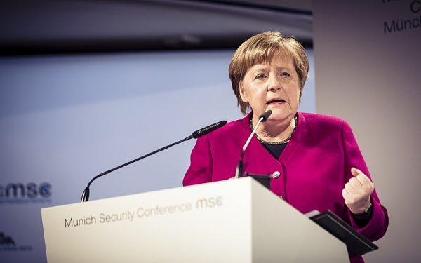 Sama obecność i wypowiedzi Angeli Merkel podczas obchodów 75-lecia D-Day wzbudziły dużo kontrowersji (na zdj. kanclerz Niemiec podczas tegorocznej Monachijskiej Konferencji Bezpieczeństwa).