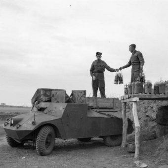 Jedną ze stref neutralnych były Azory, które stały się dla aliantów ważnym punktem tranzytowym.
